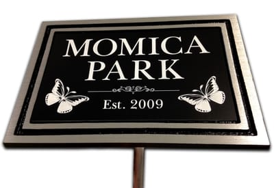 Momica Park