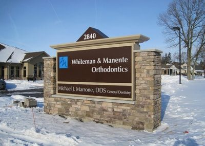 Exterior Illuminated Whiteman and Manente Orthodontics