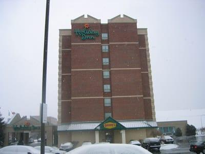 Illuminated Letters Holiday Inn Niagara County Erie County Sign Company NYS WBE Appleton Barker Burt Gasport Lewiston Lockport Middleport Newfane Niagara Falls North Tonawanda Olcott Ransomville Sanborn Wilson
