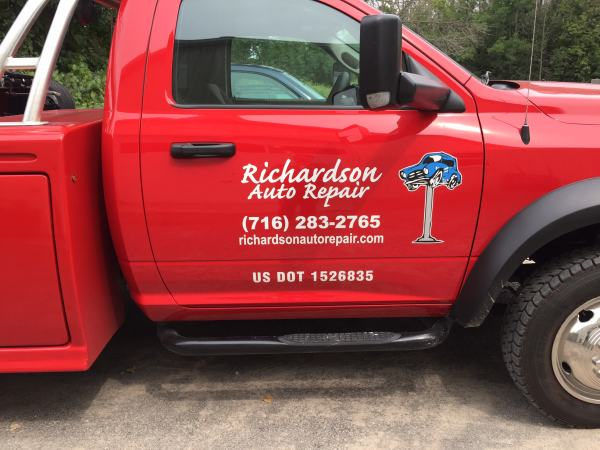 Richardson Auto Repair Vinyl Graphics Truck Lettering Vehicle Graphics Niagara Falls, NY Niagara County, NY Businesses Auto Repair