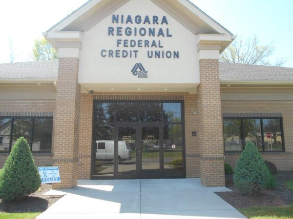 Niagara Regional Credit Plastic Dimensional Letter plastic letters Gemini Inc. Exterior Signs Non Illuminated Signs Dimensional Letters Niagara County, NY Businesses Banking