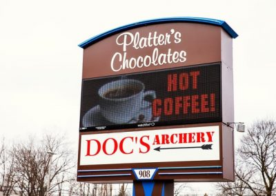 Platters Chocolate LED Signs LED Message Center Watchfire Pole Sign Exterior Signs Illuminated Pylon Signs LED Message Centers North Tonawanda, NY Niagara County, NY businesses Restaurant