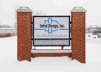 Exterior-Illuminated-Introl Design