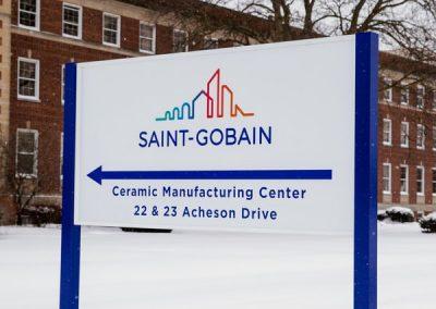 Wayfinding Saint Gobain-Exterior Post and Panel