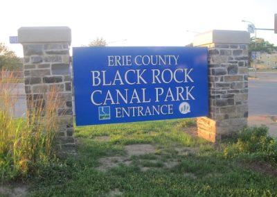 Monument Black Rock Canal Park